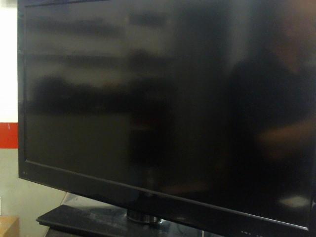 INSIGNIA Flat Panel Television NS-32E859A11