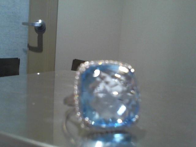 Lady's Gold Ring 14K White Gold 7.6g