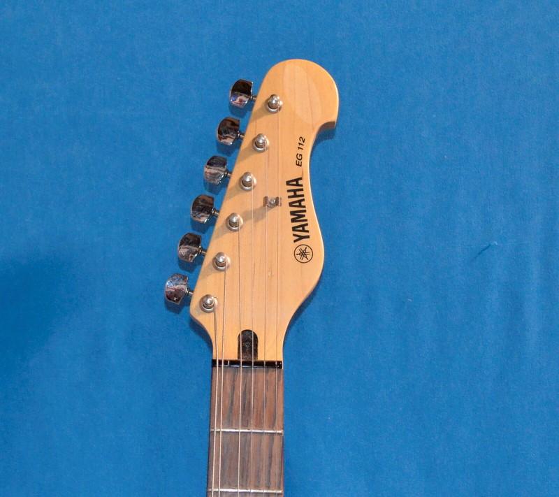 YAMAHA Electric Guitar EG112