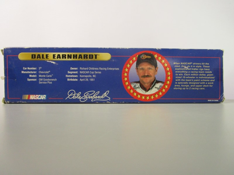 WINNER'S CIRCLE DALE EARNHARDT DIECAST COLLECTOR TRAILER RIG, RCR