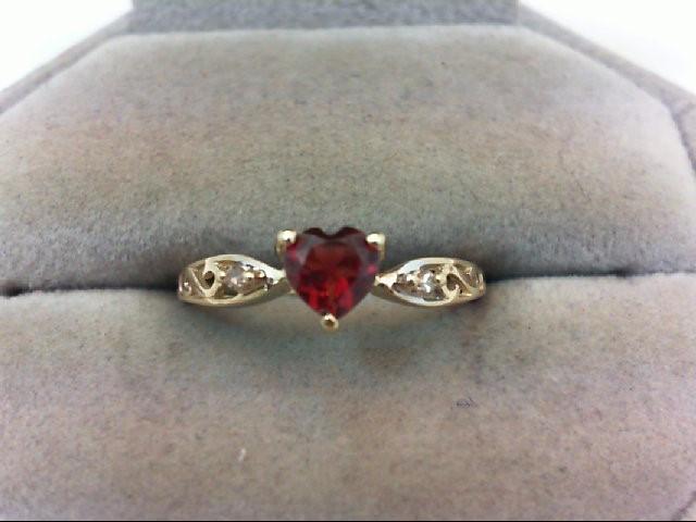 Almandite Garnet Lady's Stone Ring 10K Yellow Gold 1.6g