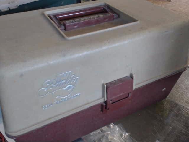 S&T INDUSTRIES Fishing Tackle MY BUDDY 9314 TACKLEMASTER TACKLE BOX