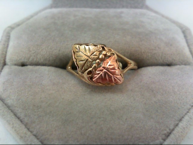 Lady's Gold Ring 14K Tri-color Gold 1.8g