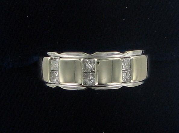 Gent's Gold Ring 14K White Gold 8.9dwt