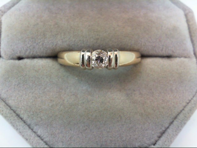 Lady's Diamond Engagement Ring .30 CT. 14K Yellow Gold 4.2g