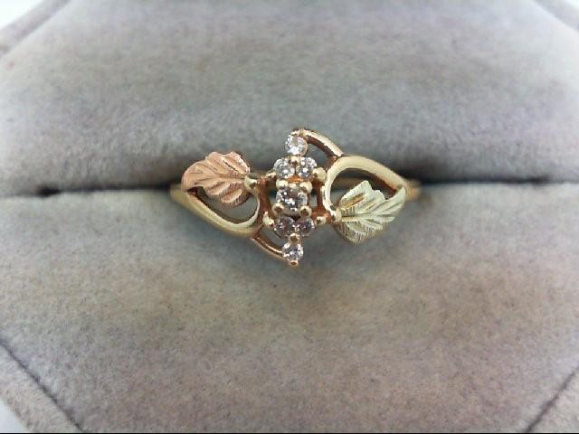 Gent's Diamond Cluster Ring 7 Diamonds .16 Carat T.W. 10K Tri-color Gold 1.5g