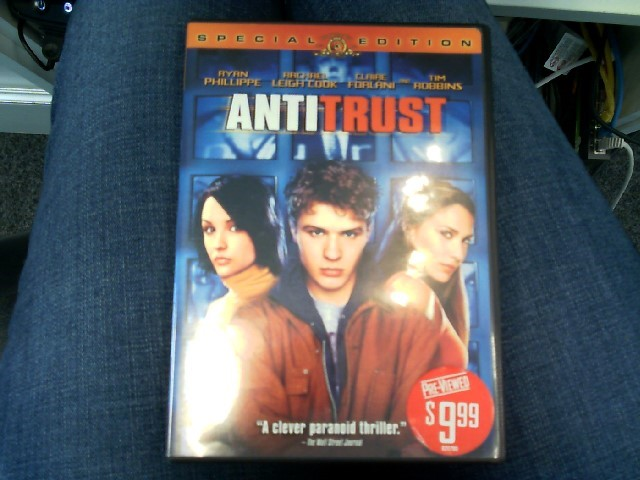 ANTI TRUST DVD