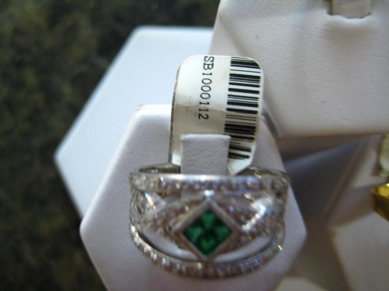 Synthetic Green Stone Lady's Platinum-Stone Ring 950 Platinum 11.1g