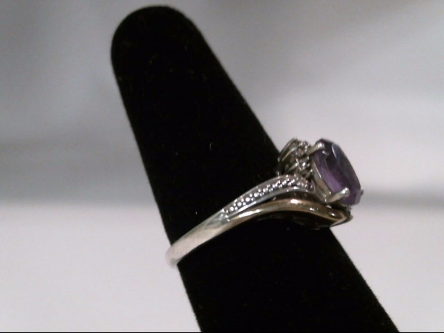 Lady's Silver Ring 925 Silver 2.99g