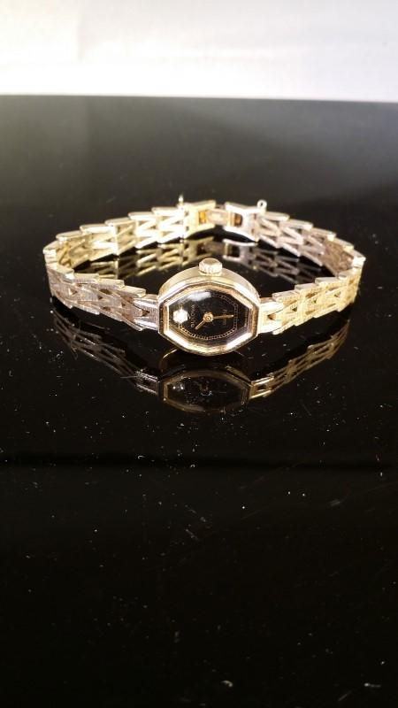 BULOVA Lady's Wristwatch 83500