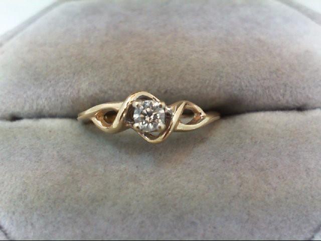 Lady's Diamond Engagement Ring .15 CT. 10K Yellow Gold 1.8g