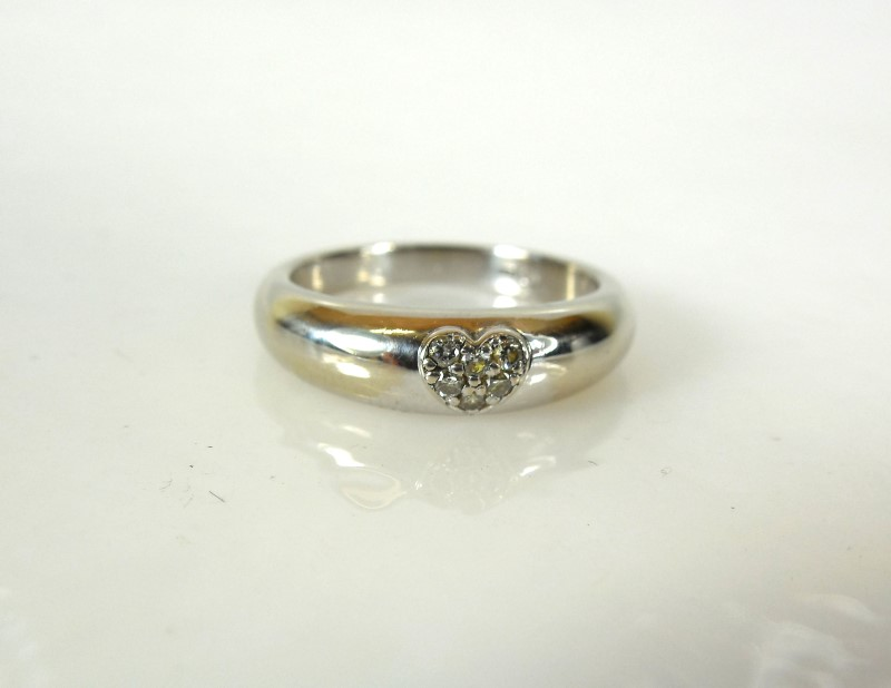 Lady's Diamond Fashion Ring 6 Diamonds .06 Carat T.W. 14K White Gold 2.9g