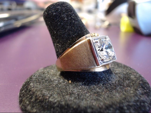 White Stone Lady's Stone Ring 10K Yellow Gold 4.8g Size:9.5