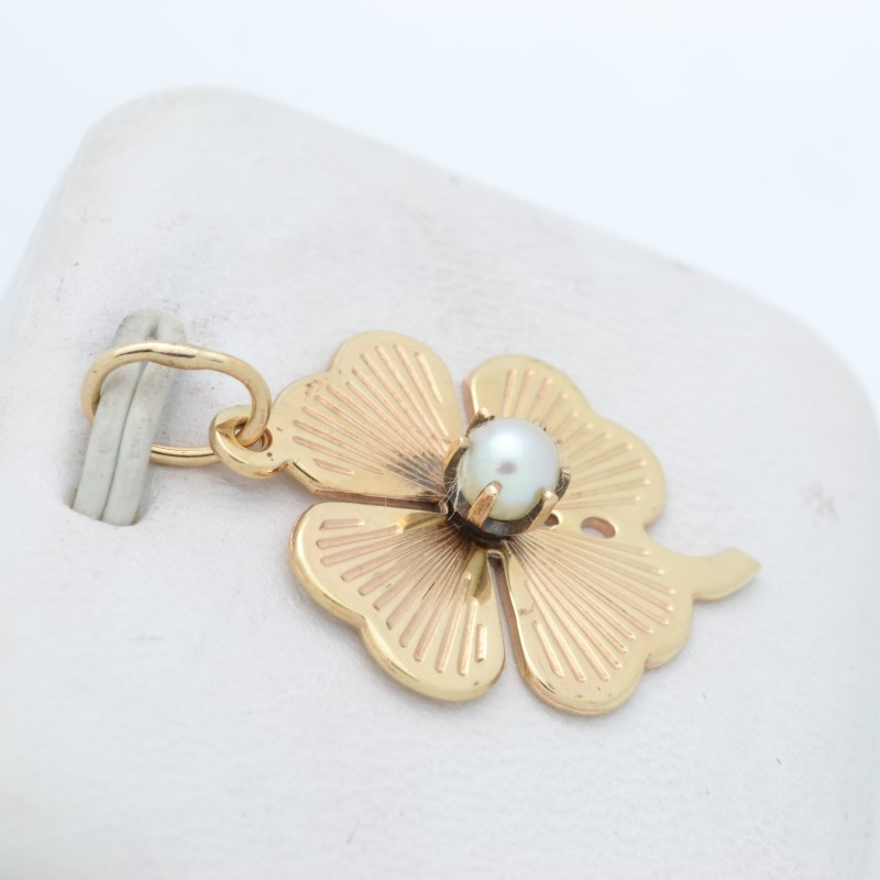 FOUR 4 LEAF CLOVER PENDANT CHARM SOLID 14K GOLD PEARL LUCK FLOWER
