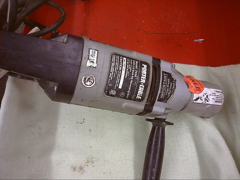 PORTER CABLE 7556, #021741; RIGHT ANGLE DRILL IN CASE