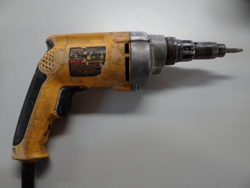 DEWALT Screw Gun DW268