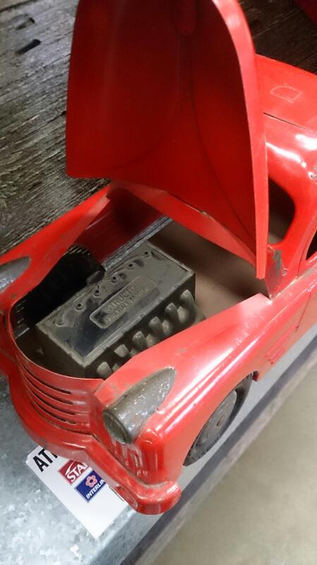 STRUCTO DUMP TRUCK 19 1/2 INCHES IN LENGTH .