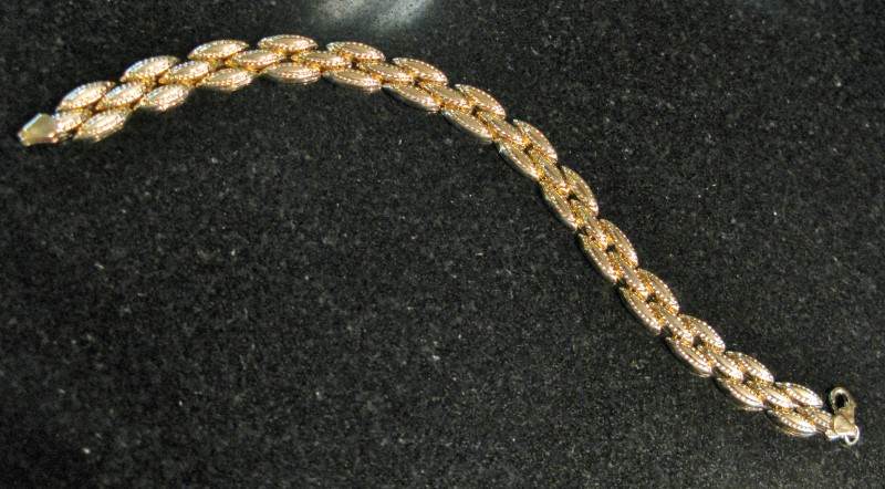 Marquis Shaped Interlocking Link Gold Bracelet 10K Yellow Gold 5.21dwt