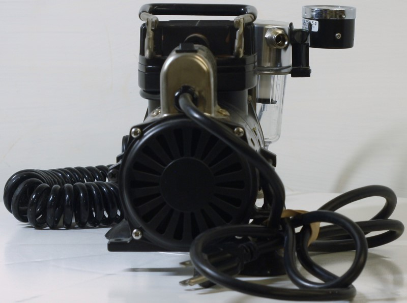 IWATA STUDIO SERIES SMART JET AIR COMPRESSOR IS-850