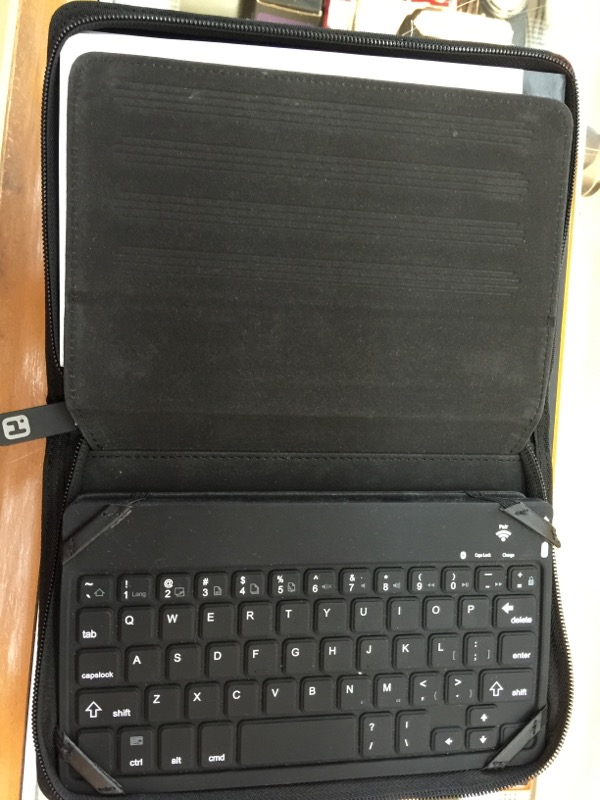 IHOME IPOD/MP3 Accessory BLUETOOTH KEYBOARD CASE FOR IPAD 2 & NEW IPAD