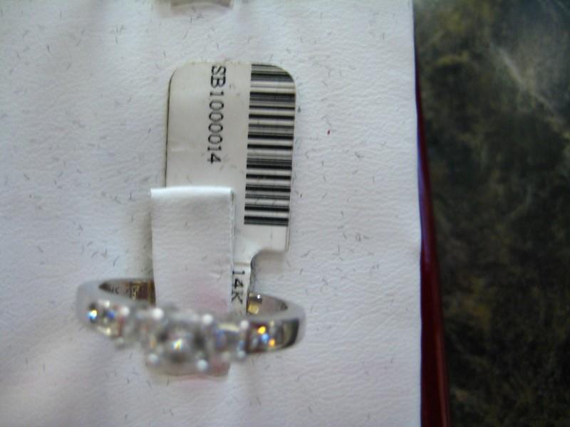 Lady's Diamond Engagement Ring 0.01 CT. 14K White Gold 3.4g