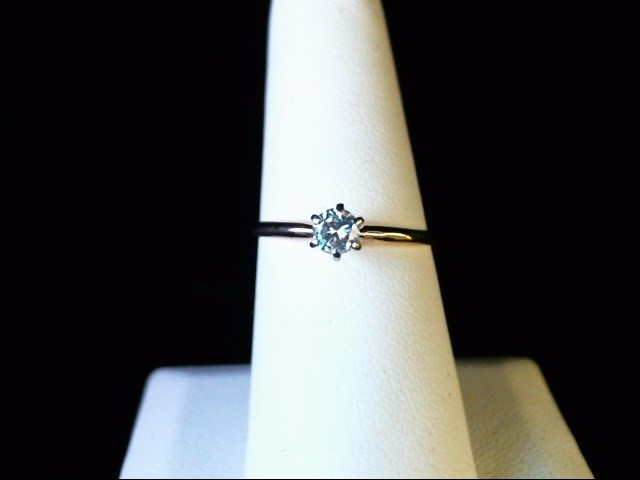 Lady's Diamond Solitaire Ring .27 CT. 14K Yellow Gold 1.6g Size:8