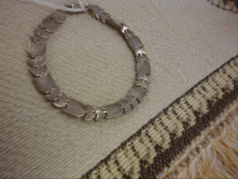 BRACELET JEWELRY JEWELRY, 5.33 DWT; LG  FLAT 4 LINES WITH 2 SMALL 1/2 MOON BEADS