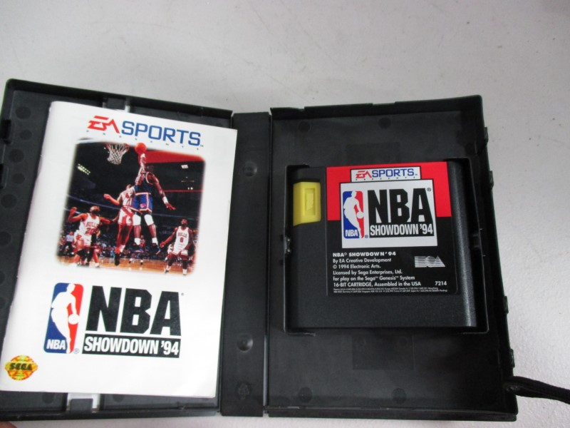 NBA SHOWDOWN 94 GENESIS GAMES