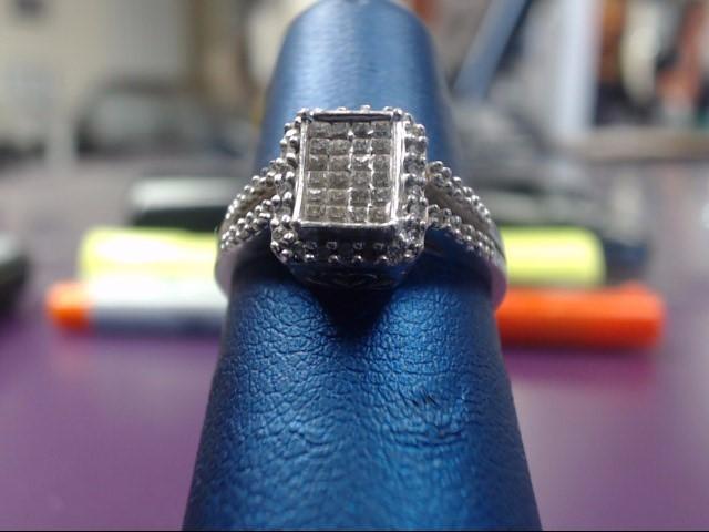 Lady's Diamond Cluster Ring 60 Diamonds .60 Carat T.W. 14K White Gold 3.6g
