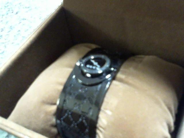 GUCCI Lady's Wristwatch 112 TWIRL