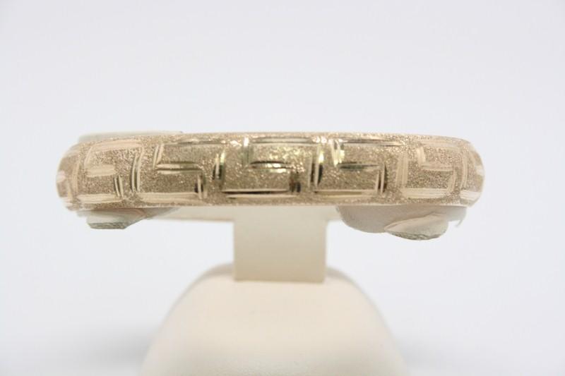 FASHION DESIGN 10K YELLOW GOLD BANGLE BRACELET