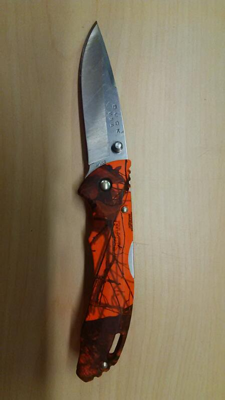 Buck USA 285 Orange Mossy Oak Knife