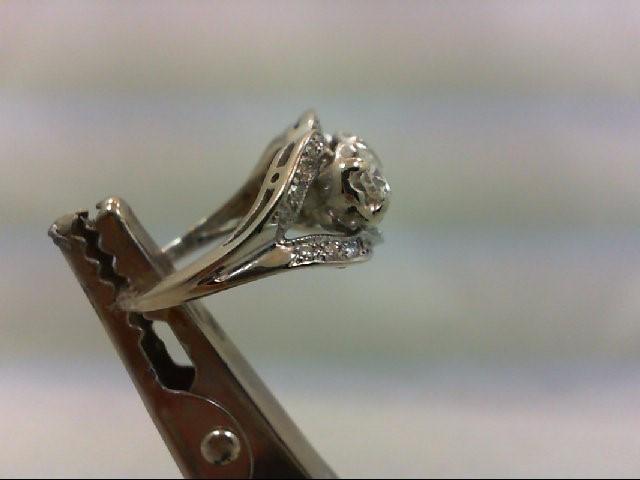 Lady's Diamond Cluster Ring 29 Diamonds 1.28 Carat T.W. 14K White Gold 4.56g