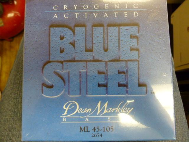 DEAN MARKLEY BLUE STEEL ML 45-105 #2674