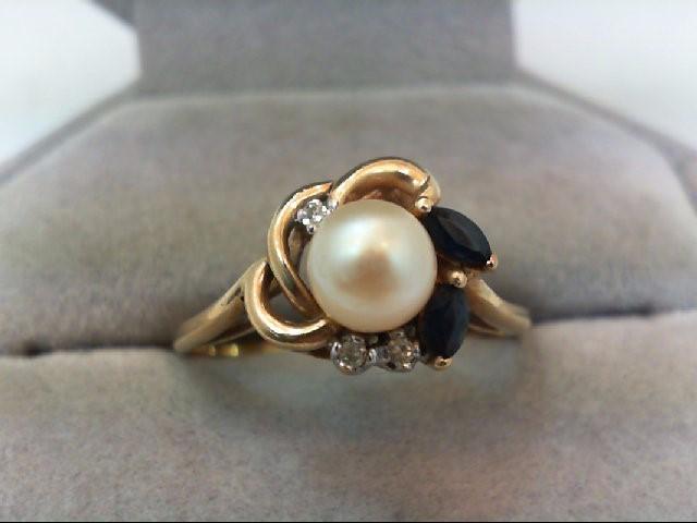 Pearl Lady's Stone & Diamond Ring 3 Diamonds .03 Carat T.W. 14K Yellow Gold 3g