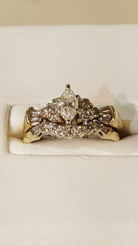Lady's Diamond Wedding Set 21 Diamonds 1.29 Carat T.W. 14K Yellow Gold 3.9dwt