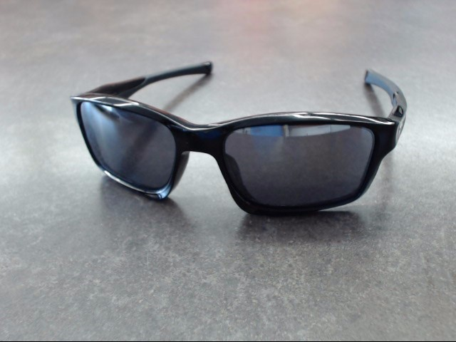 OAKLEY Sunglasses 009247-01