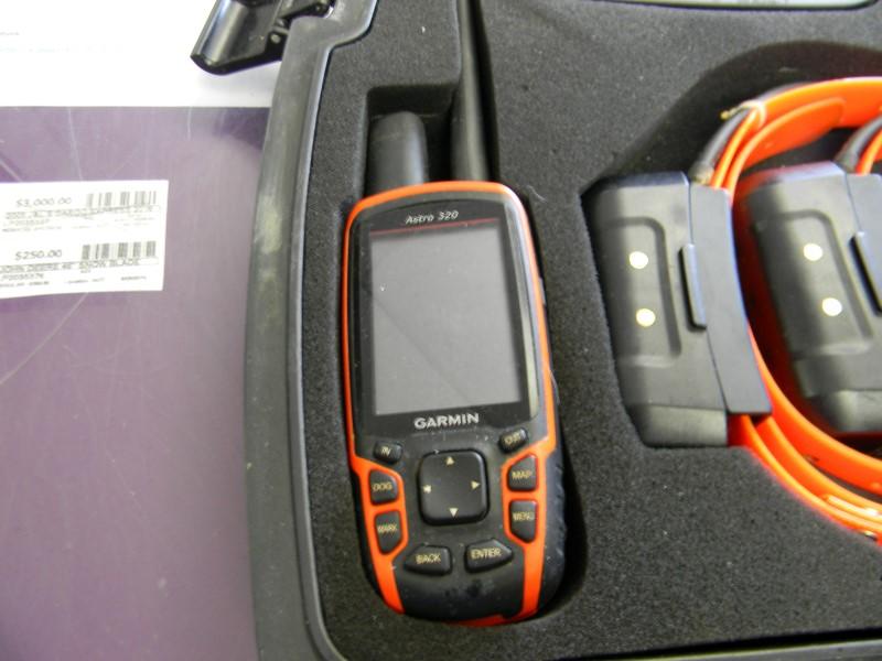 Garmin Astro 320 Dog Tracking Bundle With 3 Dc40 Collars