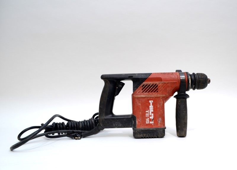 hilti hammer drill te 15 1 2 chuck 700rpm sold as is for parts or not working buya. Black Bedroom Furniture Sets. Home Design Ideas