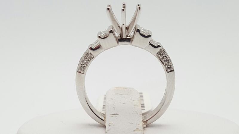 Lady's Diamond Engagement Ring 22 Diamonds .50 Carat T.W. 18K White Gold 5.2g