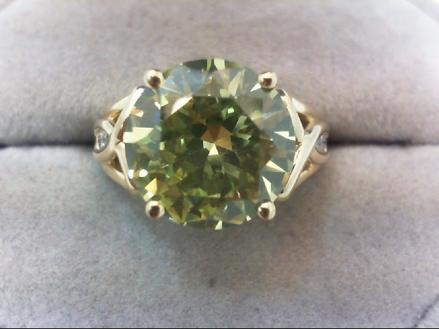 Lady's Gold Ring 10K Yellow Gold 5.1g