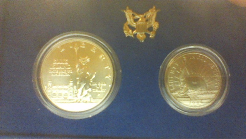 UNITED STATES Silver Coin ELLIS ISLAND GATEWAY TO AMERICA 1986P