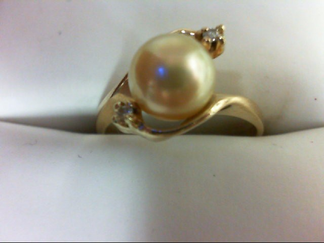Pearl Lady's Stone & Diamond Ring 2 Diamonds 0.02 Carat T.W. 10K Yellow Gold 2.4