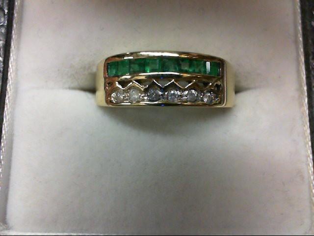 Emerald Lady's Stone & Diamond Ring 6 Diamonds 0.06 Carat T.W. 14K Yellow Gold 3