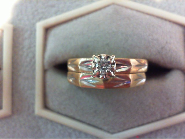 Lady's Diamond Wedding Set .06 CT. 10K Yellow Gold 2.4g
