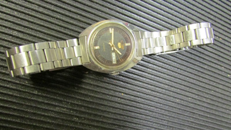SEIKO Lady's Wristwatch WOMENS WATCH