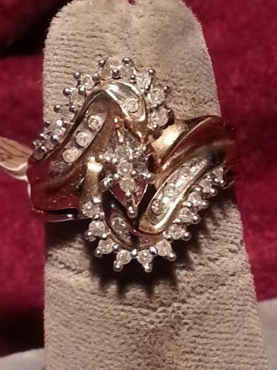 Lady's Diamond Wedding Set 33 Diamonds .66 Carat T.W. 10K Yellow Gold 3.1dwt