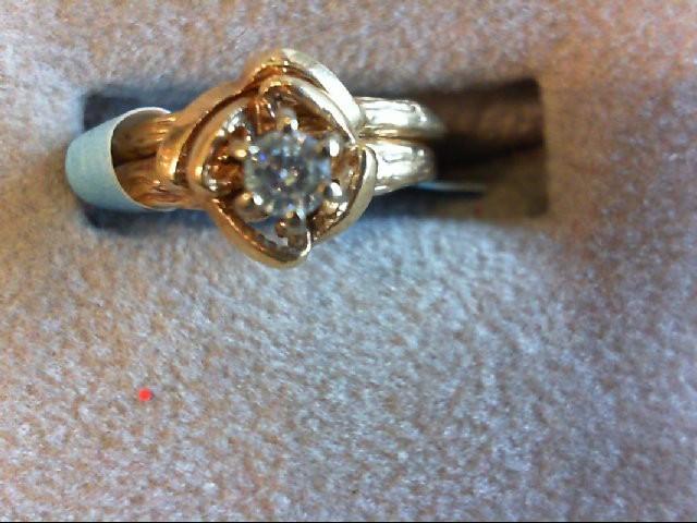 Lady's Diamond Wedding Set .12 CT. 14K Yellow Gold 3.3g