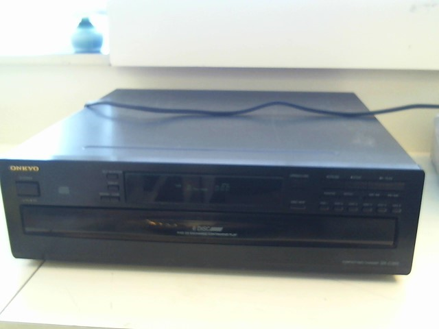 ONKYO CD Player & Recorder DX-C380