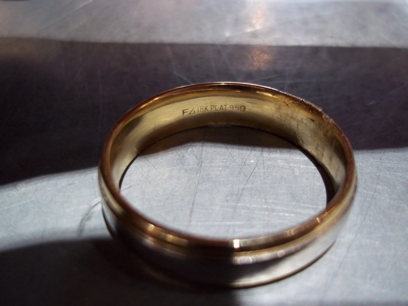 Gent's Platinum Wedding Band 950 Platinum 8.7g